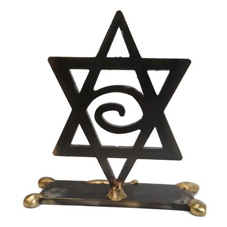 Escultura vazada Estrela de David