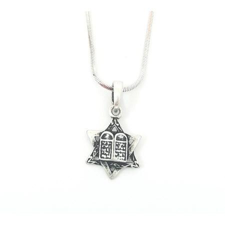 Corrente e pingente Estrela de David e 10 mandamentos - Corrente prateada com pingente prata velha