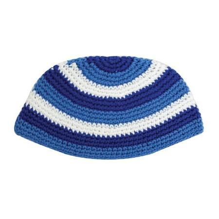 Kipá de crochê com ponto grande azul e branca